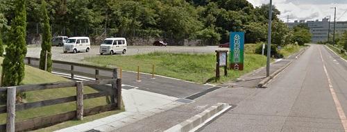 ふれあいの森駐車場の風景